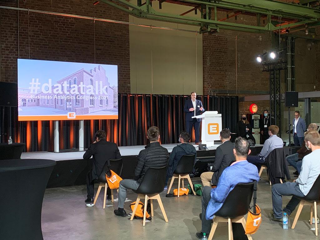 #datatalk congress 2021 - Begrüßung von Geschäftsführer Alexander Willinek