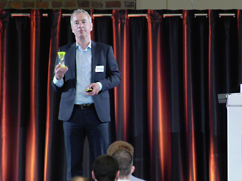 #datatalk congress 2021 - Oliver Kreth von Ceyoniq Technology GmbH