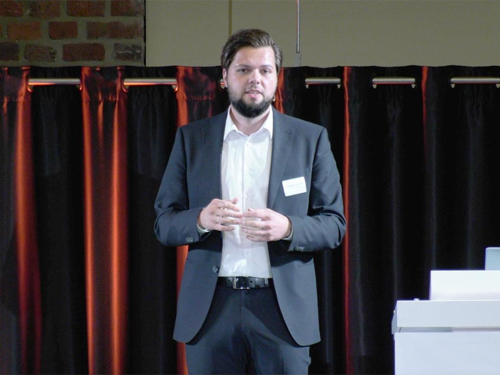 #datatalk congress 2021 - Tobias Brömel